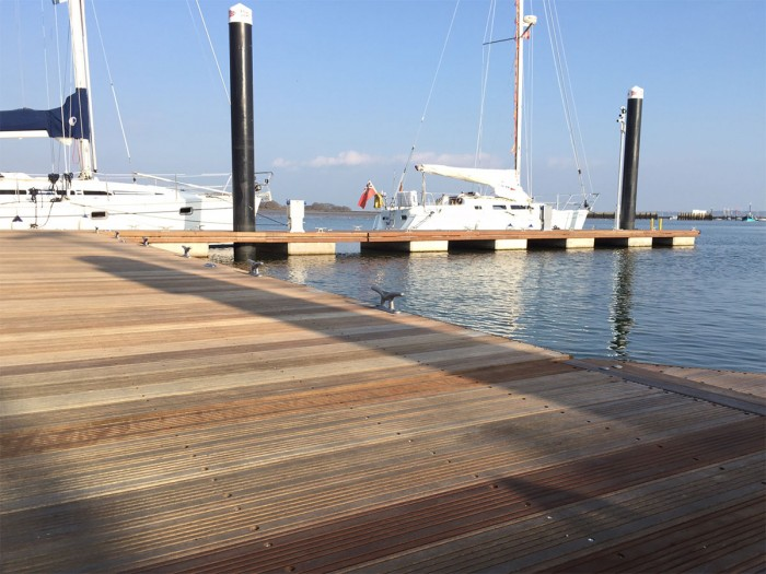 Royal Lymington Yacht Club Pontoon
